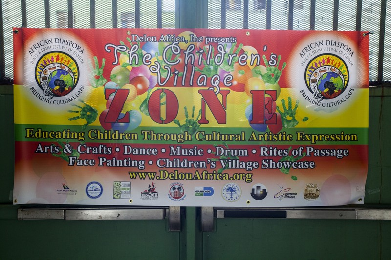Children's Zone sign